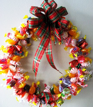candy-wreath-1